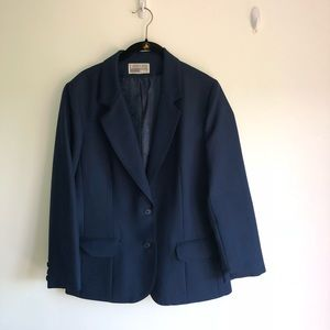 Blazer navy Leslie Fay Size Two button front